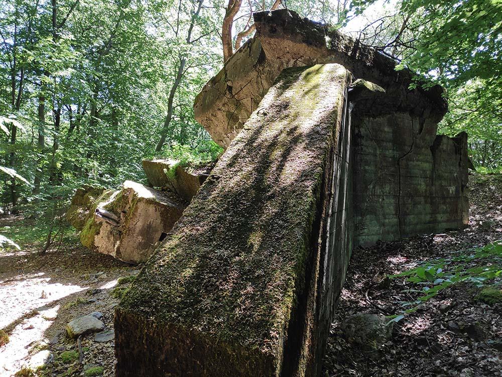 Nach dem Krieg wurden die Westwall-Bunker gesprengt.