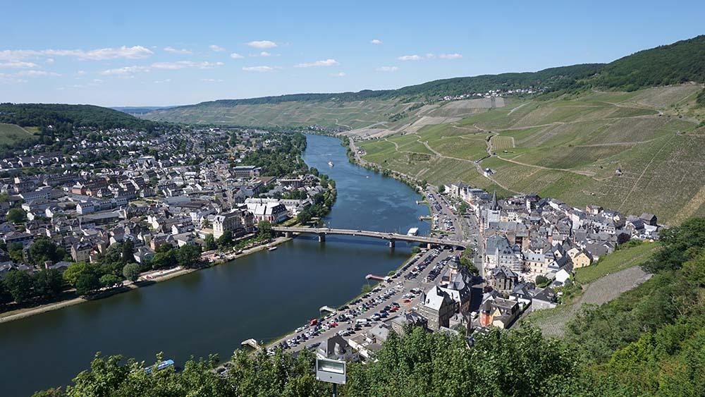 Burg-Blick auf Bernkastel