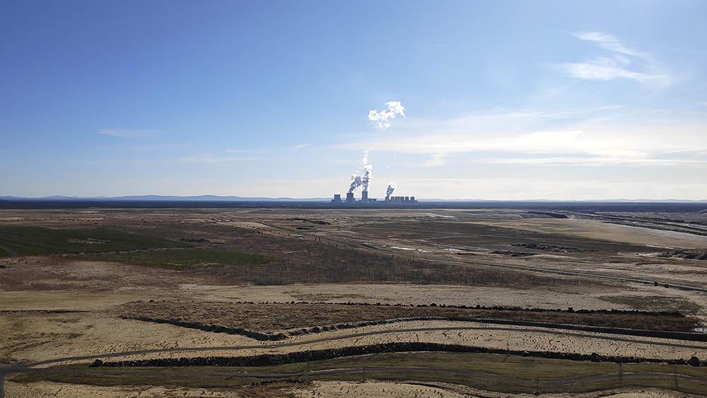 Kraftwerk Boxberg in der Ferne